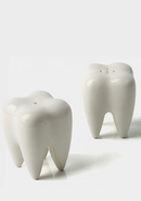 TOOTH SALT&PEPPER SHAKER